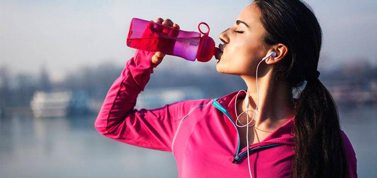 Água: saiba quanto (e por que) você deve beber todo dia